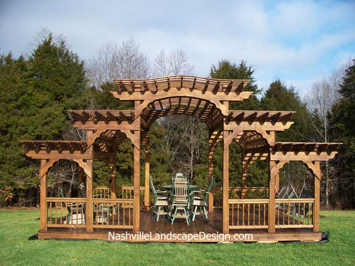 Nashville Canyon Brown Cedar Stained Arbor