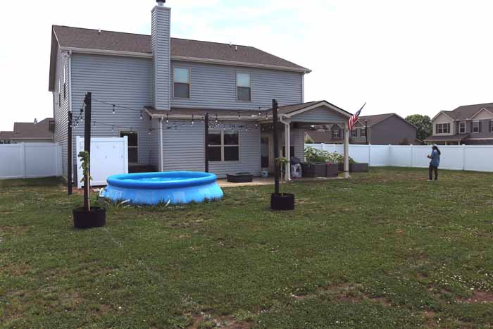 Tennessee Hangout Yard004